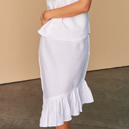 Vallerya Ruffle white linen Skirt Fácil Blanco Dubai Sustainable Fashion