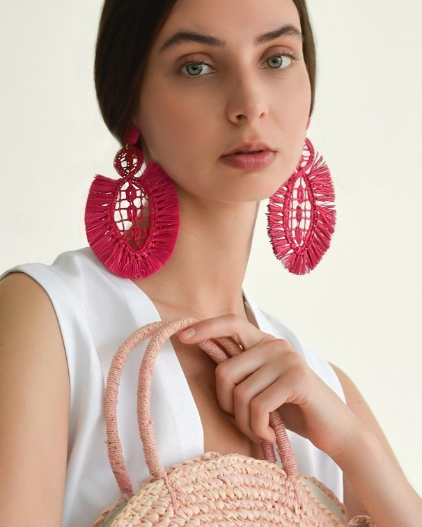 Pipa earrings raffia sustainable accessories valentine´s eco gifting guide