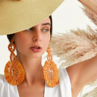 Pistacho raffia earrings sustainable fashion