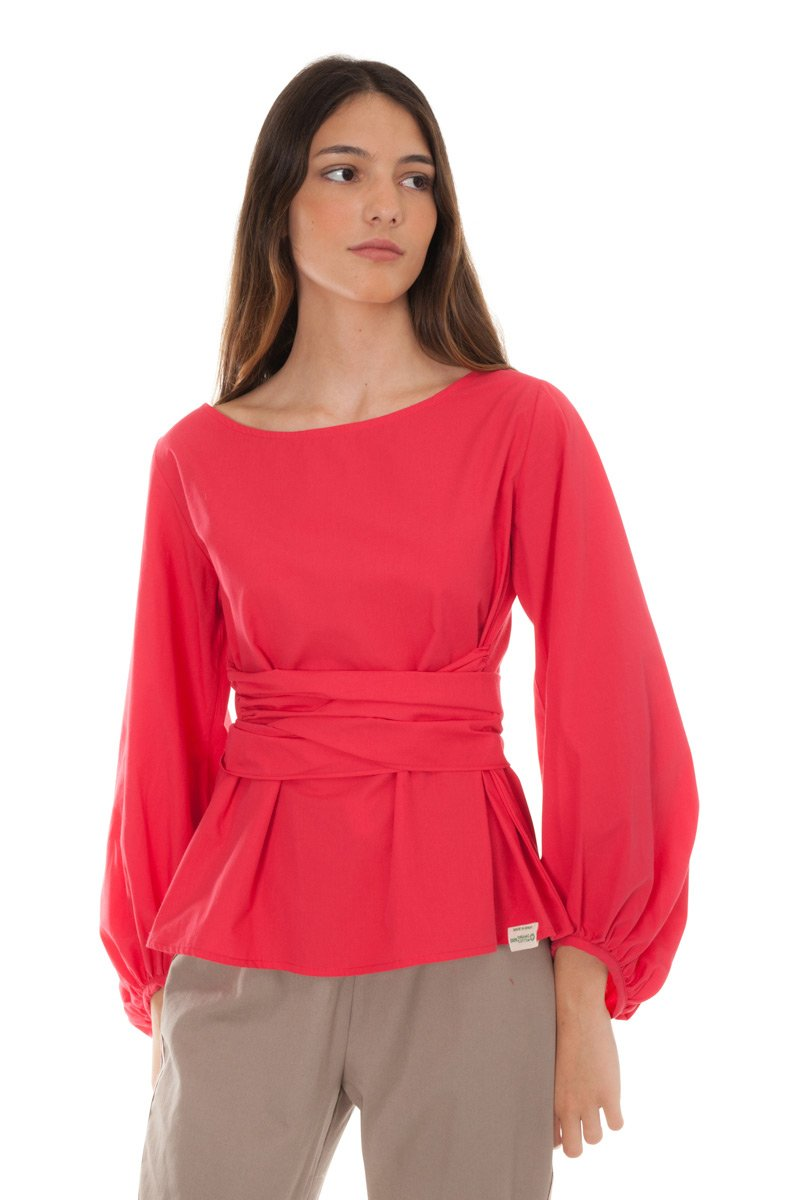 red blouse with bow castano de indias sustainable fashion valentine´s eco gifting guide