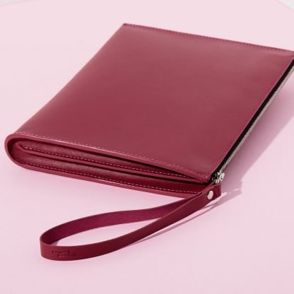 Magenta Travel Pouch Martina Wyss Sustainable Fashion-