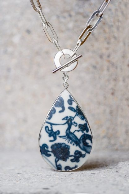 AI CERAMIC SILVER NECKLACE