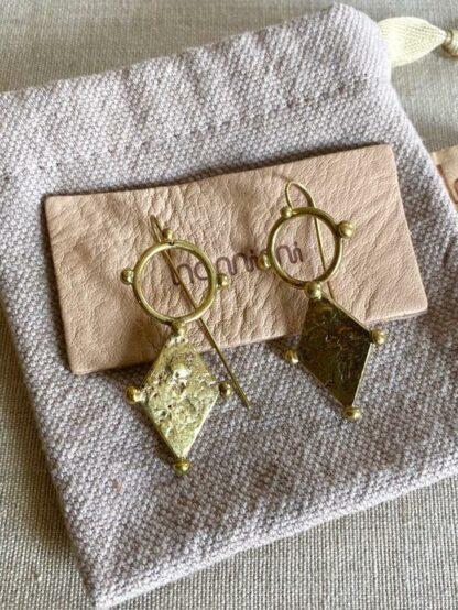 HAMIMI HANDMADE SLOW FASHION HAM060 Sahara Circle Diamond Earrings - Nous Wanderlust Stories