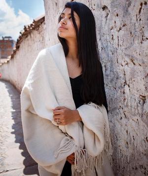 Peruvian Soft Alpaca Blanket