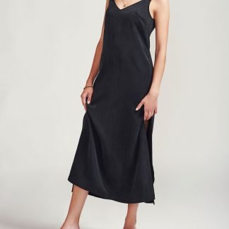 Viko dress Alayco Sustainable fashion cupro dress