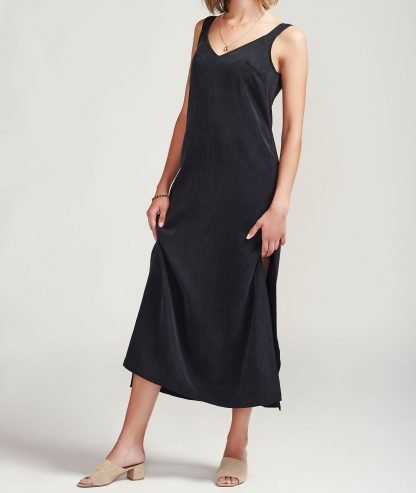 Viko dress Alayco Sustainable fashion cupro dress